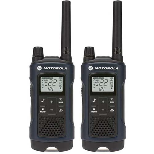MOTOROLA 35-MILE 2-WAY RADIOS